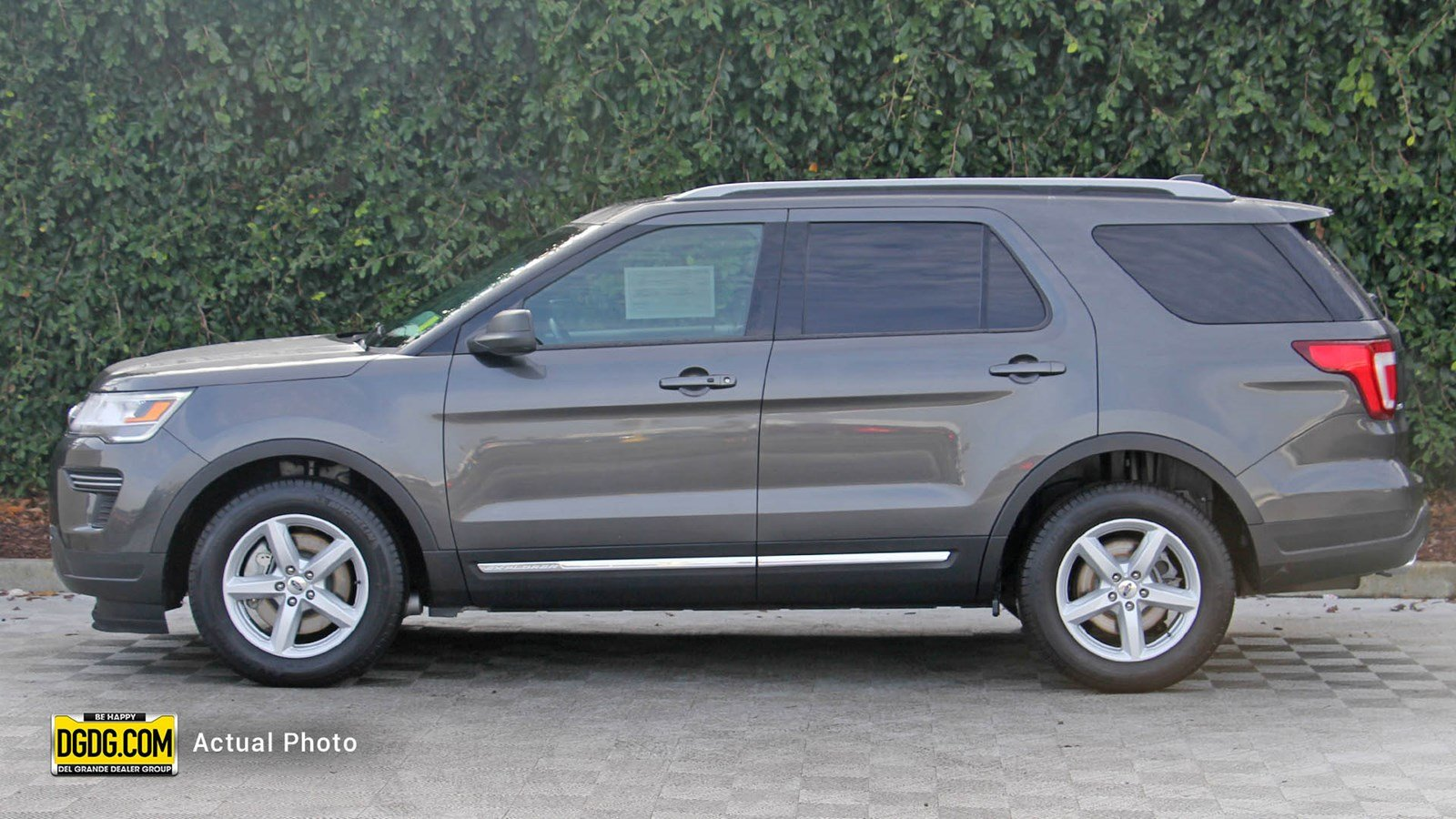 Certified Pre-Owned 2018 Ford Explorer XLT