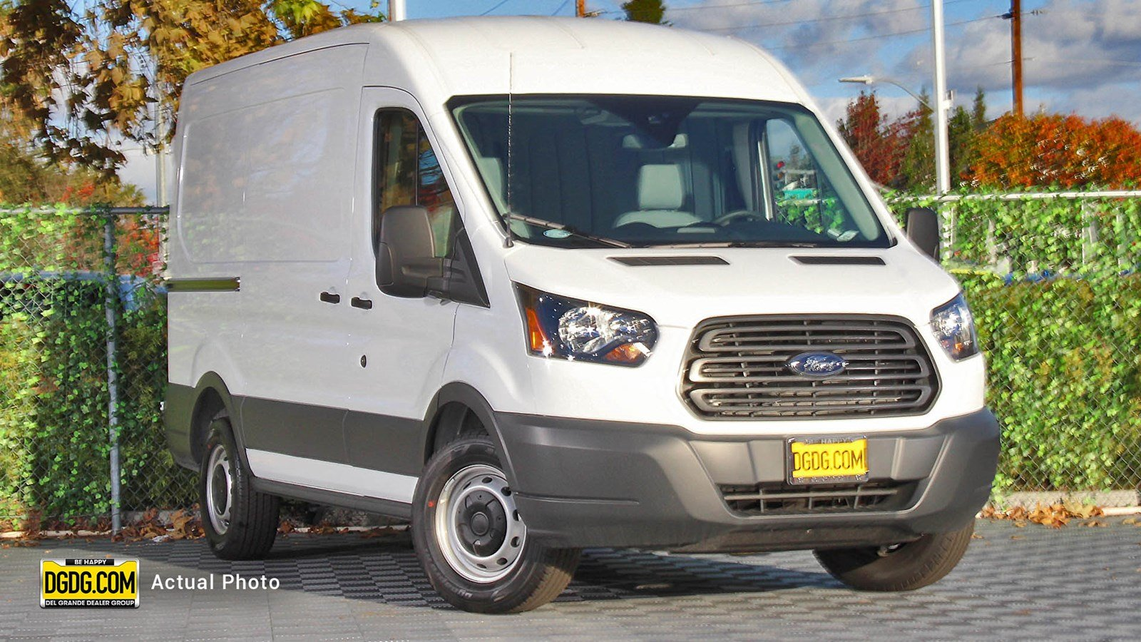 New 2018 ford transit 150 base