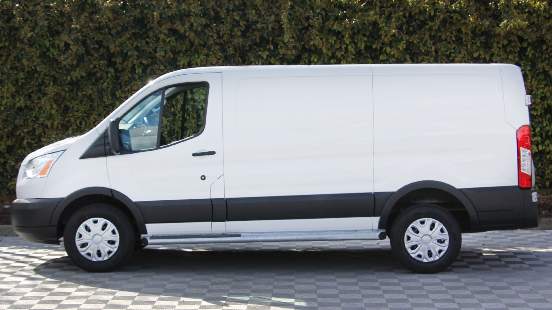 Pre-Owned 2018 Ford Transit Van Base
