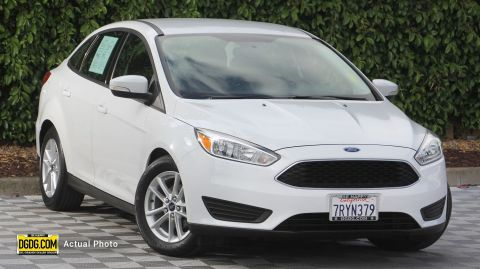 2016 Ford Focus SE FWD 4dr Car