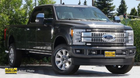 2019 Ford F-350SD Platinum With Navigation & 4WD