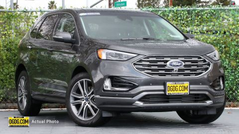 2019 Ford Edge Titanium With Navigation & AWD