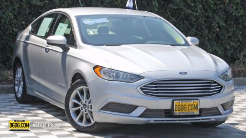 Certified Pre-Owned 2017 Ford Fusion Hybrid SE