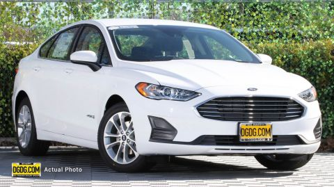 2019 Ford Fusion Hybrid SE With Navigation
