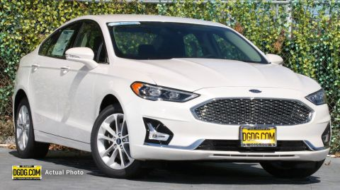 2019 Ford Fusion Energi Titanium With Navigation